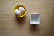Free Bowls, Containers, Egg Stock Images - 109887214