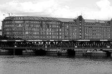 Free Grayscale Photo Of Mid Rise Building Near Body Of Water At Daytime Stock Photos - 109887883