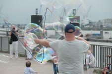 Free Adults, Bubbles, City Stock Photos - 109889083