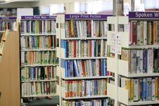 Free Arranged, Bookcase, Books Royalty Free Stock Photos - 109890578