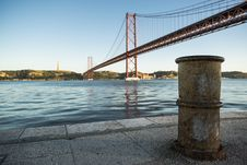 Free 25, De, Abril, Bridge Stock Images - 109891604