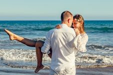 Free Adults, Beach, Couple Royalty Free Stock Images - 109892019