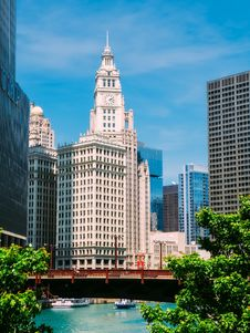 Free Clock Tower In Chicago Stock Photography - 109892722