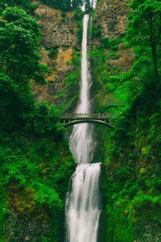 Free Bridge, Cascade, Environment Stock Photography - 109894342