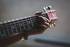Free Acoustic, Blur, Bowed Royalty Free Stock Photo - 109895035
