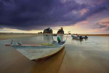 Free Boats, Clouds, Fishing Stock Photos - 109895533