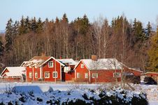 Free Bungalow, Cabin, Chalet Royalty Free Stock Photos - 109897148
