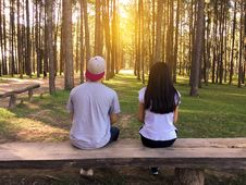 Free Bench, Countryside, Couple Royalty Free Stock Photo - 109898455