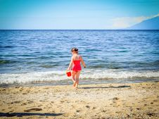 Free Beach, Child, Cute Royalty Free Stock Images - 109900949