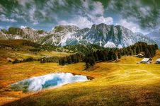 Free Alpine, Clouds, Cloudy Royalty Free Stock Photography - 109901737