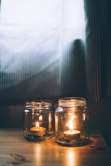 Free Burning, Candlelight, Candles Royalty Free Stock Images - 109902959