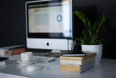 Free Apple, Devices, Blur Stock Photography - 109903132