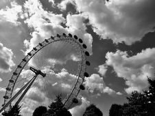 Free Amusement, Park, Black-and-white Stock Photos - 109903293