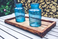 Free Two Blue Jars On The Wooden Tray Stock Photography - 109904162