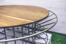 Free Wood And Metal Table Royalty Free Stock Photography - 109904177