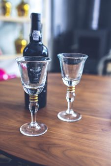 Free Two Wine Glasses & Bottle Stock Photos - 109904553