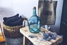 Free Blue Carafe On The Stool Stock Images - 109904734