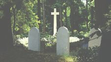 Free Burial, Cemetery, Cross Stock Photos - 109904793
