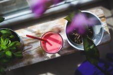 Free Strawberry Yogurt Stock Images - 109905024