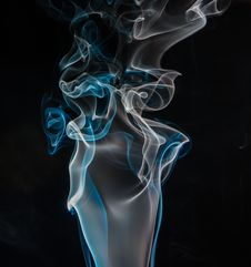 Free Blue And White Smoke Digital Wallpaper Royalty Free Stock Photo - 109905215