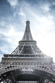 Free Low Angle View Photography Of Eiffel Tower In France, Paris Stock Photography - 109905852