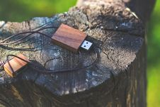 Free Wooden USB Flash Drive Royalty Free Stock Image - 109906336