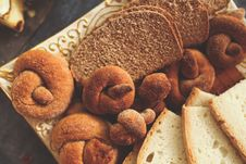 Free Bagels And Bread Royalty Free Stock Photo - 109906605