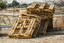 Free Brown Wooden Pallets Stock Photography - 109907002