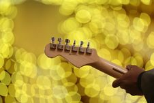 Free Person Playing Guitar Stock Images - 109907114
