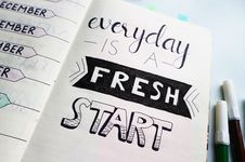 Free Inspirational Quotes On A Planner Royalty Free Stock Photography - 109907287