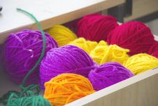 Free Close-up Photography Of Colorful Yarns Royalty Free Stock Photo - 109907325