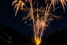 Free Yellow Fireworks During Night Time Royalty Free Stock Images - 109907399