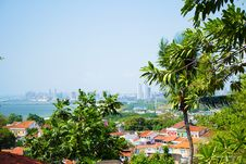 Free Photography Of Houses Surrounded By Trees Near Body Of Water Royalty Free Stock Image - 109907666