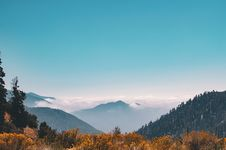 Free Mountain Covering Clouds Royalty Free Stock Photo - 109908165