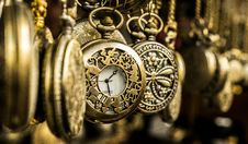 Free Brass Pocket Watches Stock Photography - 109908912