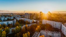 Free Aerial View Of White Concrete Buildings During Golden Hours Stock Photography - 109909042