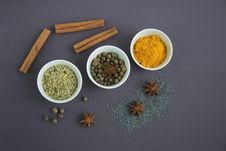 Free Assorted Spices Near White Ceramic Bowls Royalty Free Stock Image - 109909046