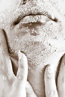 Free Person S Face Covered With White Powder Royalty Free Stock Image - 109909106