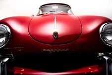 Free Classic Red Porsche Car Royalty Free Stock Images - 109909499