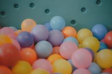 Free Photo Of Ball Pit Balls Royalty Free Stock Photo - 109909515