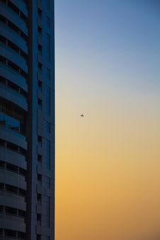 Free Glass Building In Golden Hour Photography Stock Images - 109909764