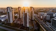 Free High Angle Photography Of High-rise Buildings Near Road During Golden Hour Royalty Free Stock Images - 109909889