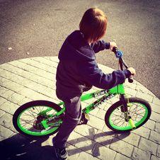 Free Boy Riding Bike At Daytime Royalty Free Stock Photography - 109910087