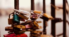 Free Selective Focus Photography Of Padlocks On Fence Royalty Free Stock Photography - 109911297