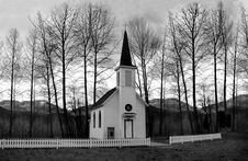 Free Church Behind Of Bare Trees Royalty Free Stock Photos - 109911878