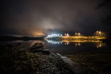Free Walls With Lights Near Calm Body Of Water At Night Time Royalty Free Stock Images - 109911959
