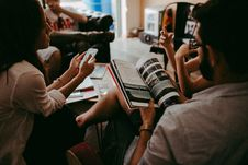 Free Group Of People Reading Book Sitting On Chair Royalty Free Stock Images - 109912019