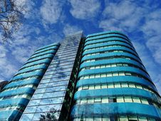 Free Low Angle Photography Of Blue Tinted Glass Buildings Stock Image - 109912181