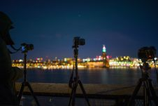 Free Tilt Shift Lens Photography Of Camera With Tripod Royalty Free Stock Photos - 109912278