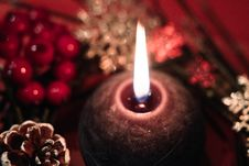 Free Lighted Black Round Candle Stock Image - 109912661